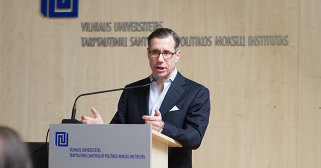 US journalist Gregory Feifer visited VU to share his views on Russians' mentality
